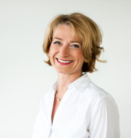 Dorothea Metcalfe-Wiegand, Osteopathin D.O.®M.R.O.®, Heilpraktikerin